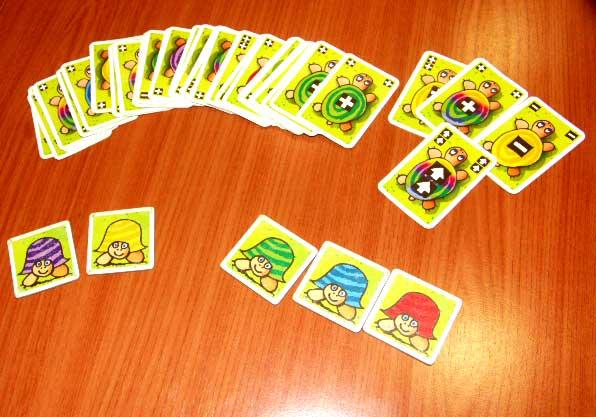 Las cartas, con sus diferentes símbolos y colores